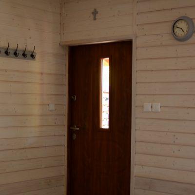 Kopalino - dom caloroczny drzwi frontowe